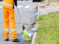 Nuovo servizio di spazzamento manuale, strade e cadenza.