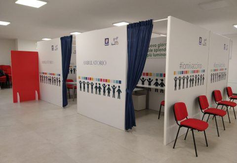 Marro, Graziuso, Cassettino e Ramaglia chiedono apertura di un hub vaccinale a Casoria. Pesa la chiusura del centro di Via I Maggio